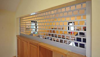 Polycarbonate Bar Shutters Design