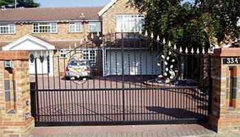 Metal Domestic Gate Installation