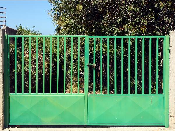Green Metal Gates made in the UK