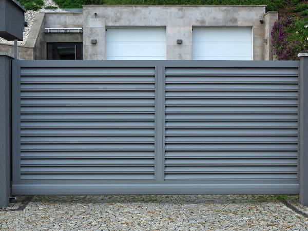 Custom Metal Electric Gates by EDM