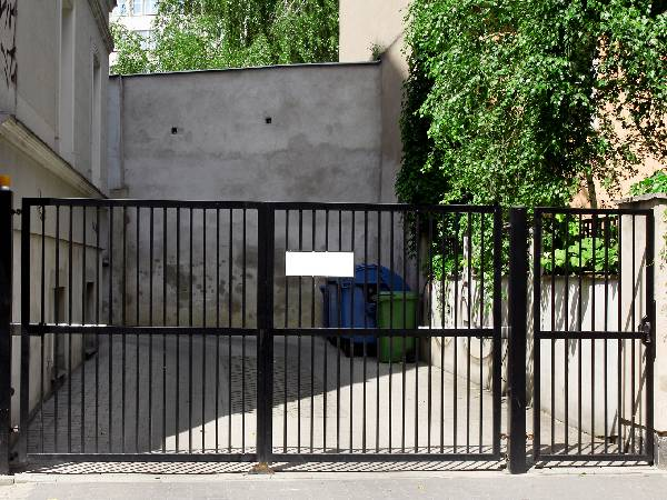Black Metal Electric Security Gates by Essex Door Maintenance